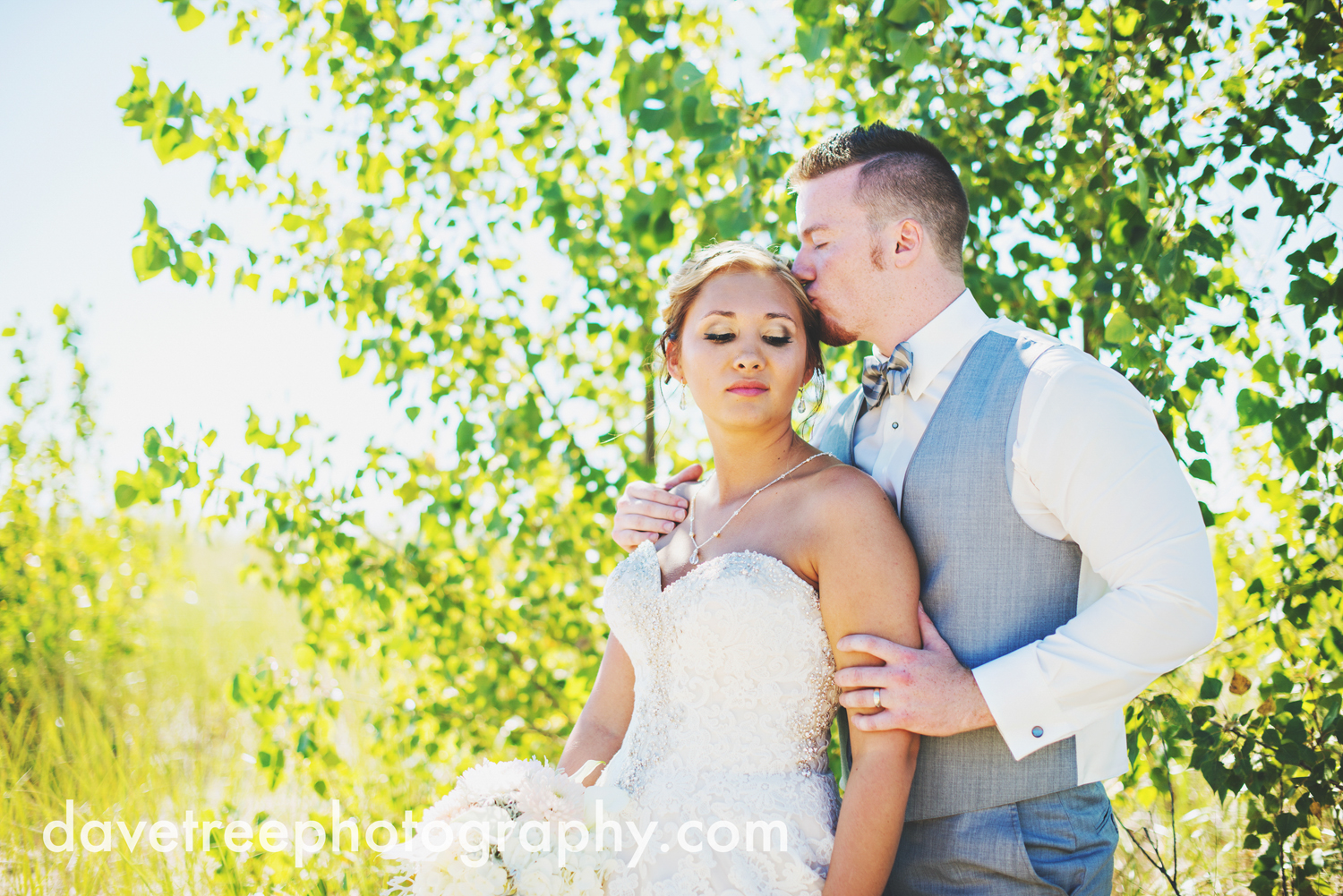 veranda_wedding_photographer_st_joseph_wedding_10.jpg