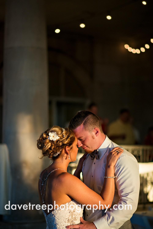 veranda_wedding_photographer_st_joseph_wedding_118.jpg