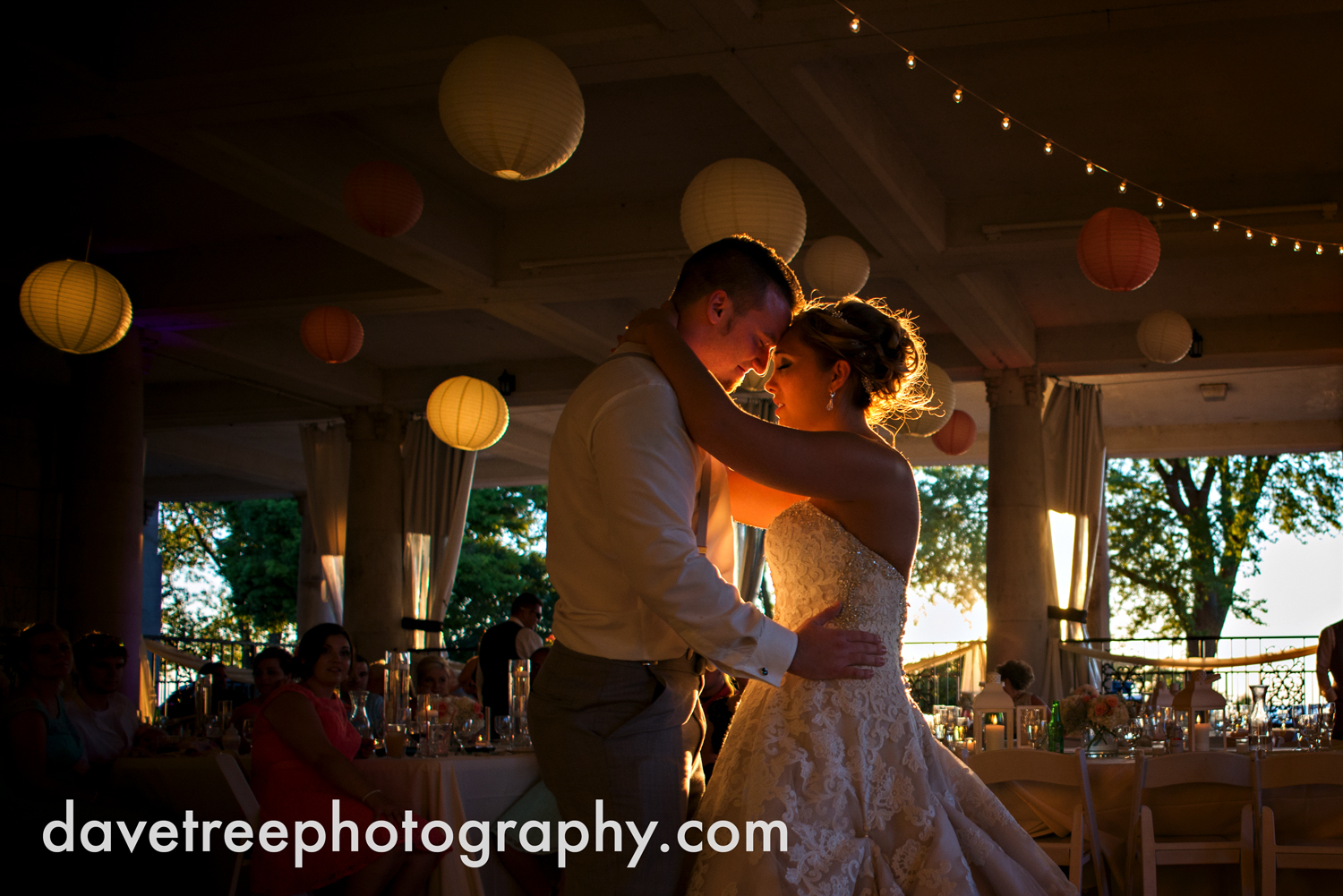 veranda_wedding_photographer_st_joseph_wedding_126.jpg