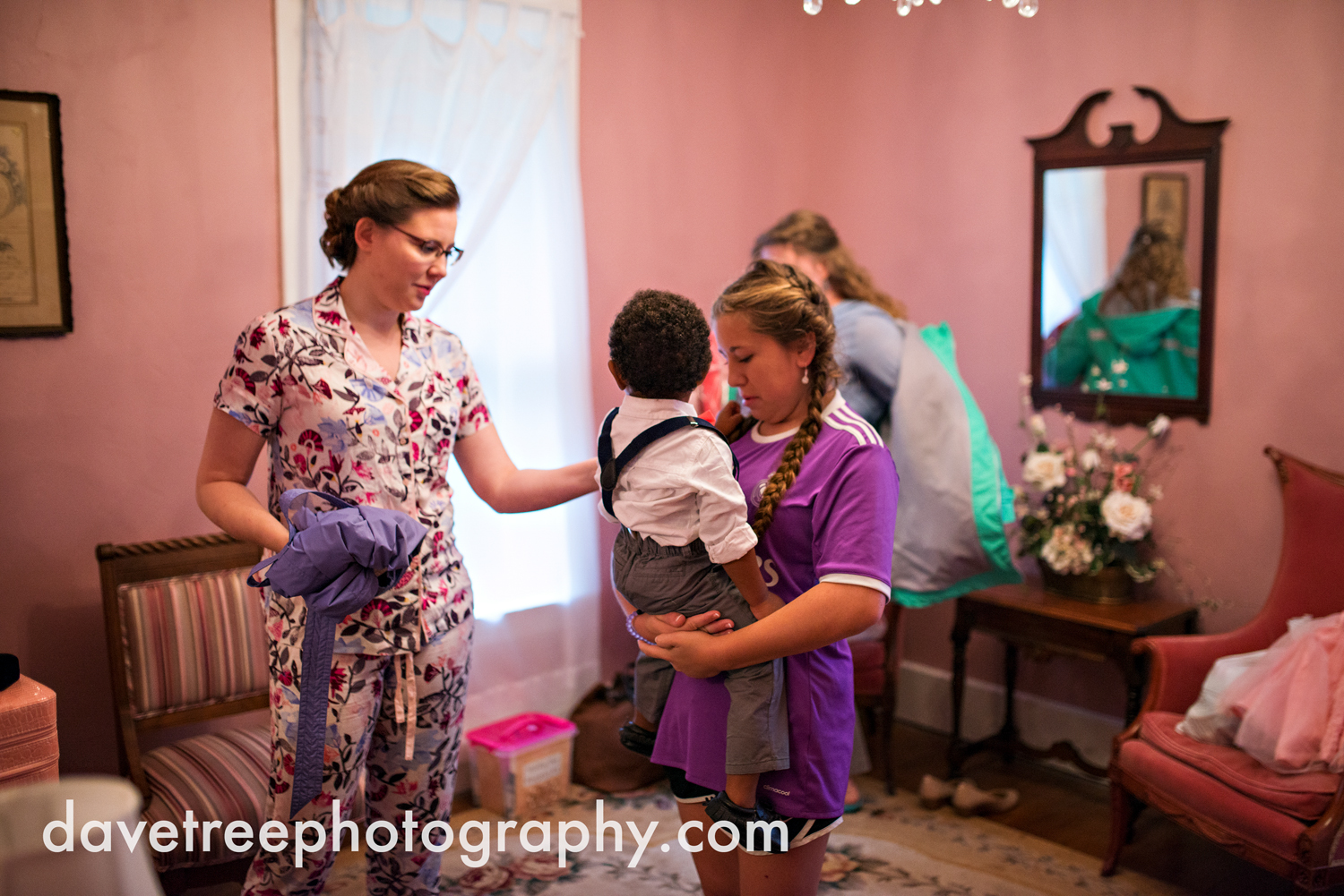 grand_haven_wedding_photographer_weaver_house_wedding_097.jpg