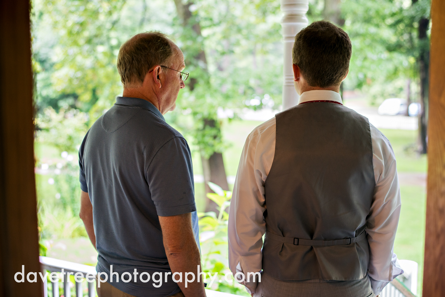 grand_haven_wedding_photographer_weaver_house_wedding_116.jpg