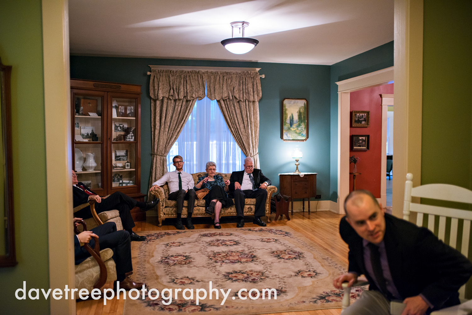 grand_haven_wedding_photographer_weaver_house_wedding_118.jpg