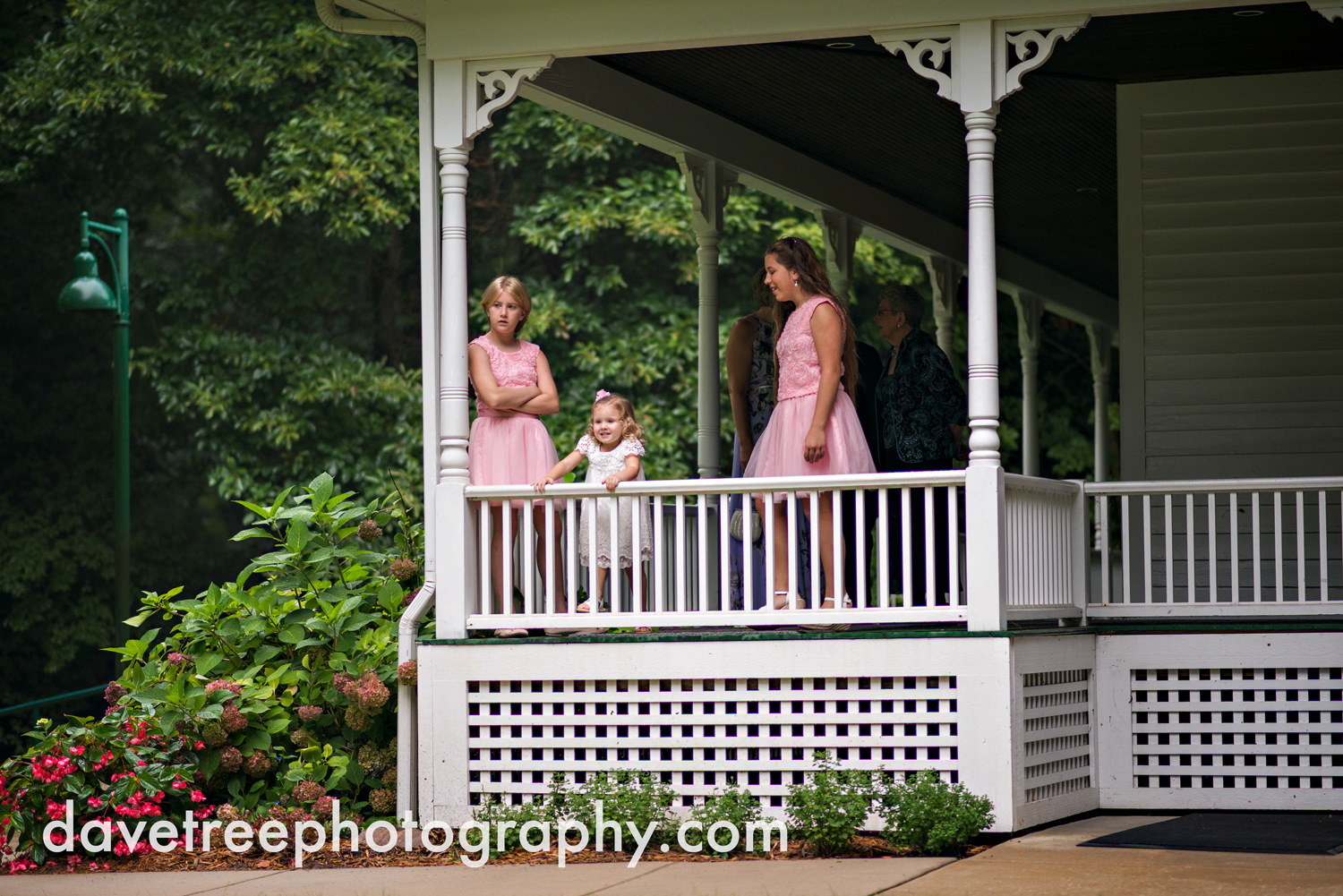 grand_haven_wedding_photographer_weaver_house_wedding_119.jpg