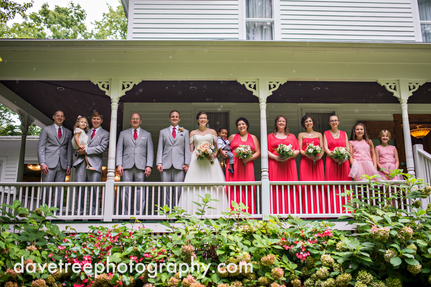 grand_haven_wedding_photographer_weaver_house_wedding_178.jpg