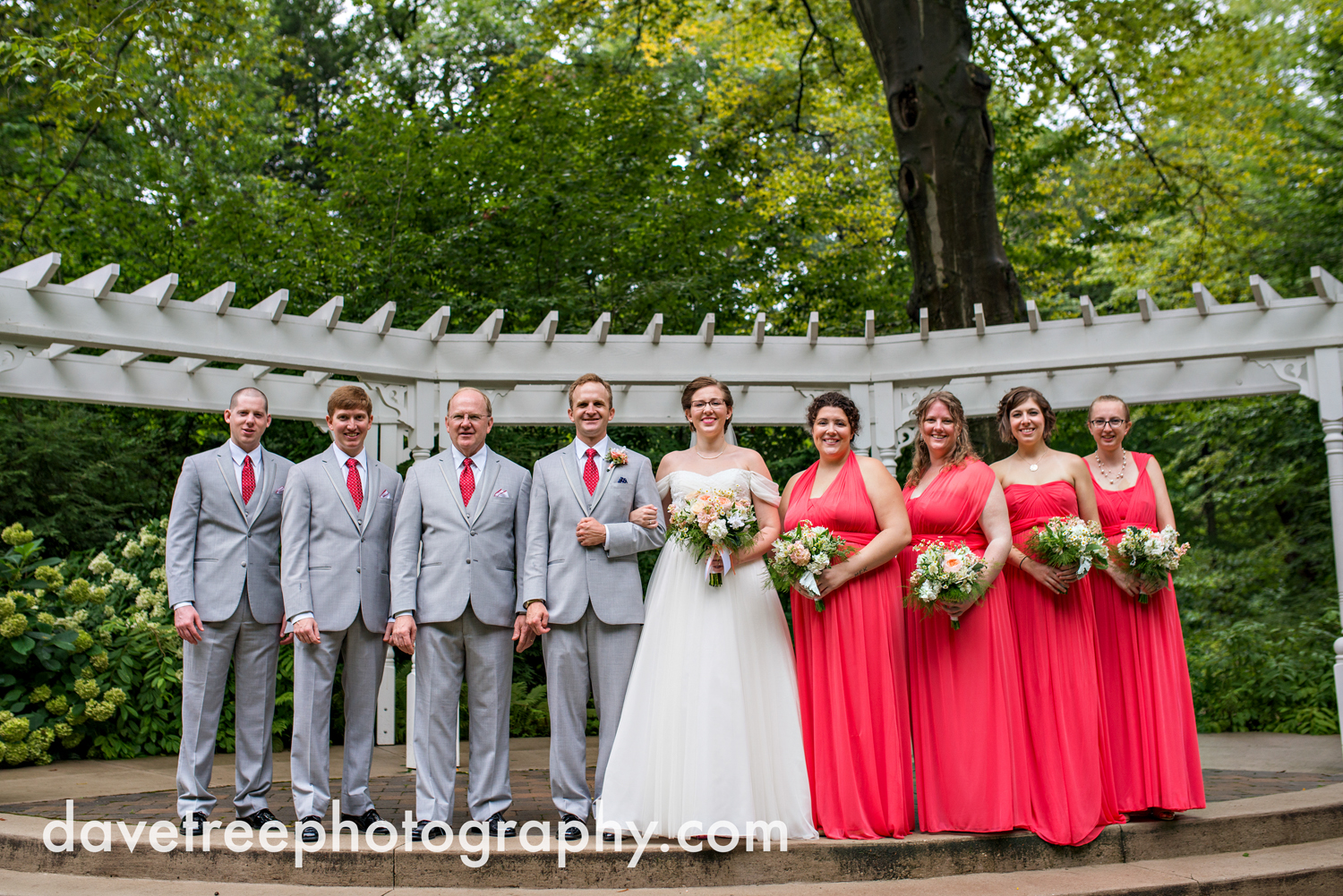 grand_haven_wedding_photographer_weaver_house_wedding_183.jpg