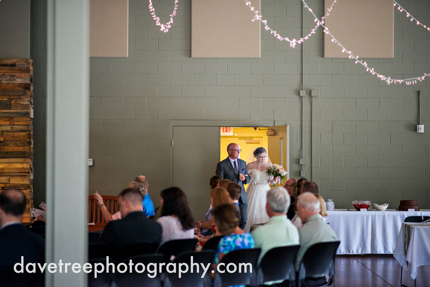 grand_haven_wedding_photographer_weaver_house_wedding_59.jpg