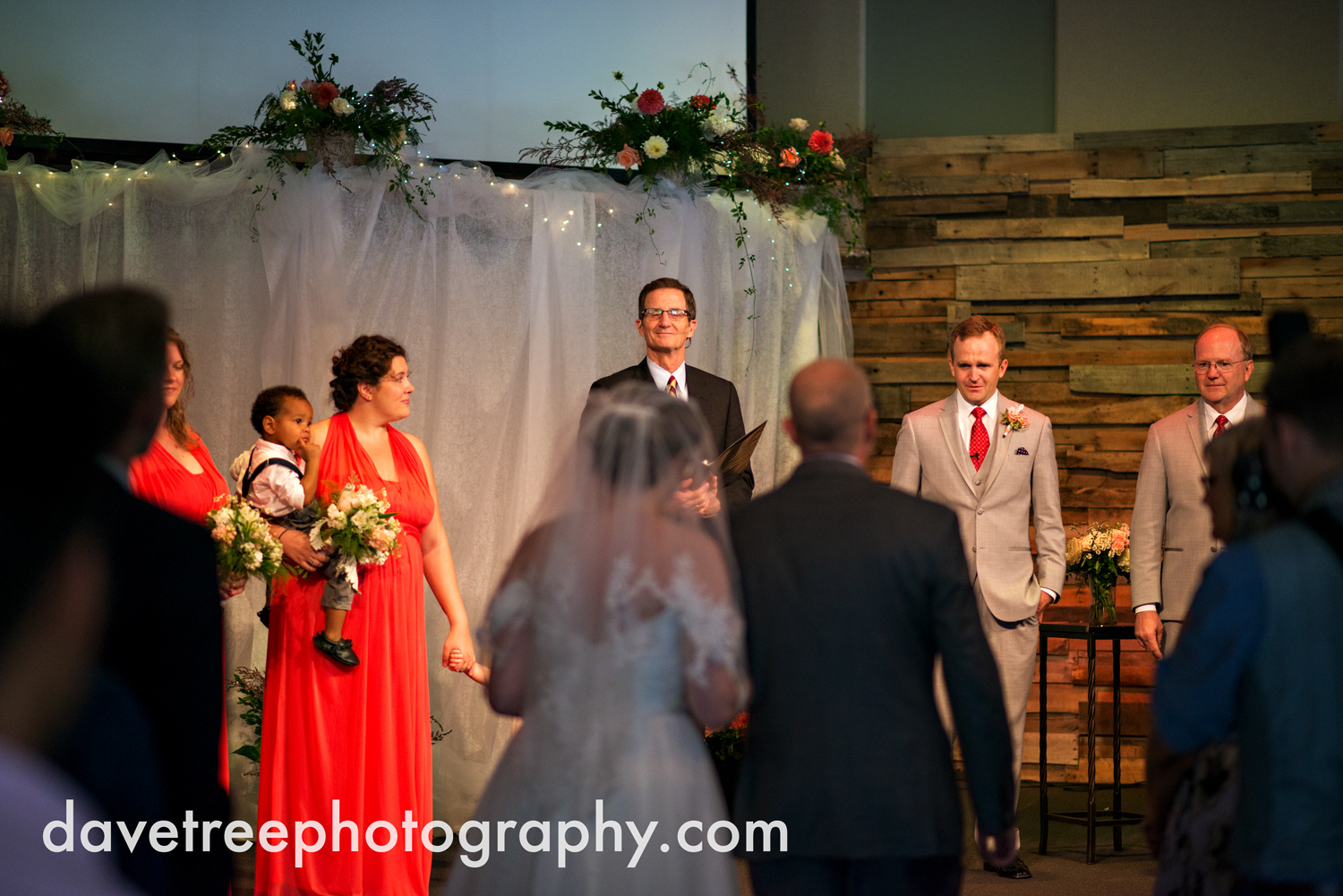 grand_haven_wedding_photographer_weaver_house_wedding_63.jpg