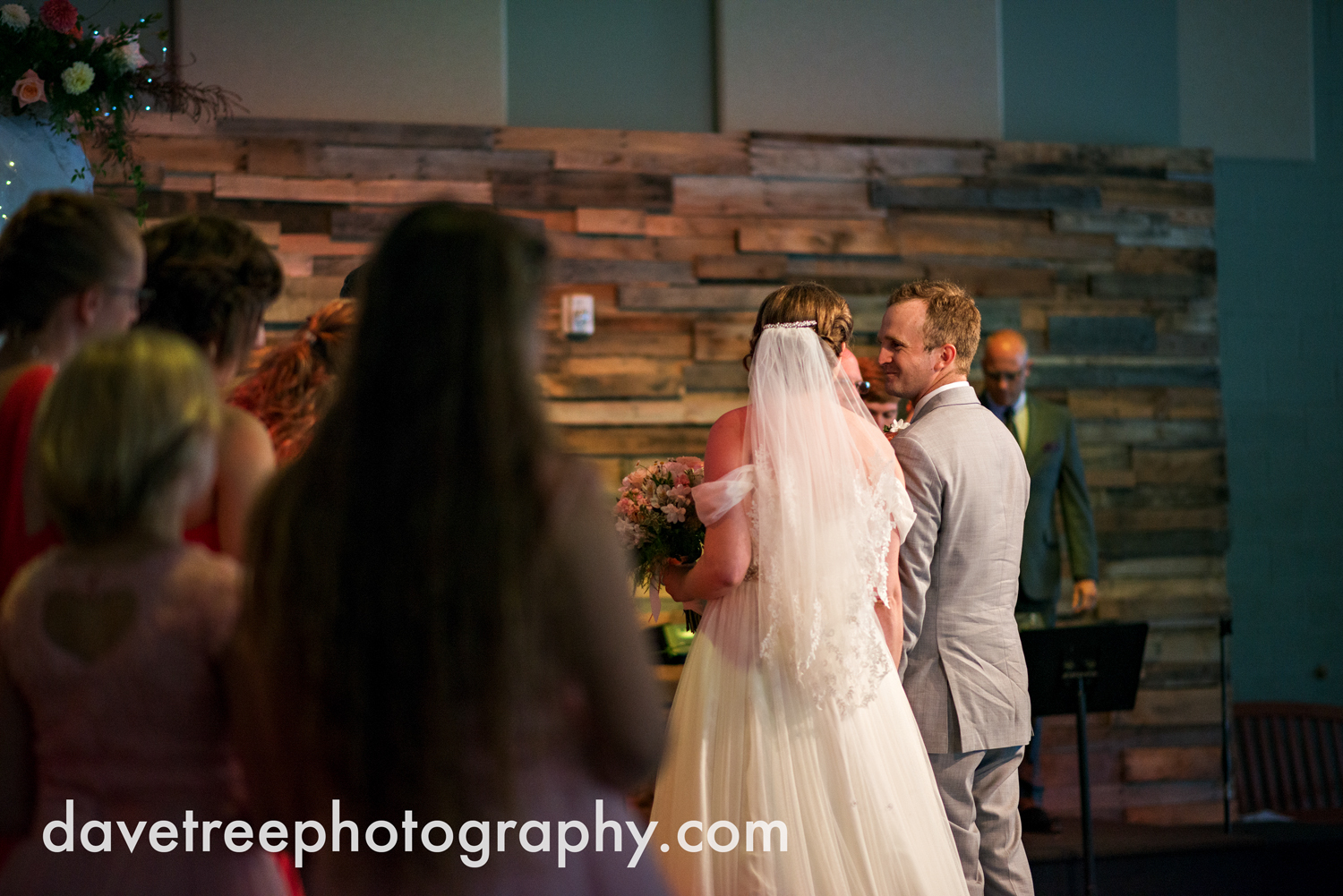 grand_haven_wedding_photographer_weaver_house_wedding_69.jpg