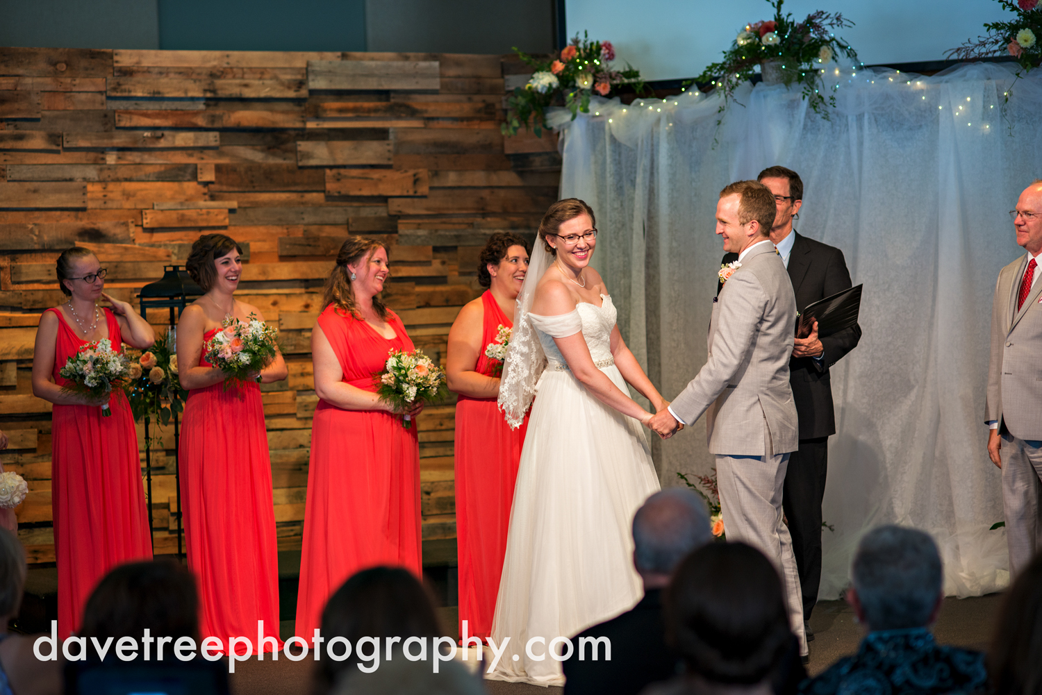 grand_haven_wedding_photographer_weaver_house_wedding_77.jpg
