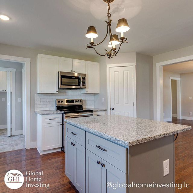 You just moved into your brand new house. What's the first meal you cook in your new kitchen? 🍳⠀ ⠀ .⠀ .⠀ .⠀ .⠀ .⠀ .⠀ .⠀ .⠀ .⠀ .⠀ .⠀ .⠀ ⠀  #culleokatn #culleokatennessee #columbiatn # #springhilltn #maurycountytn #nashvilletn #nashville #brentwoodtn #franklintn #nolensvilletn #fairviewtn #lewisburgtn #tennessee #tennesseerealestate #realestate #realestateagent #realtor #realestateinvestor #investor #fixerupper #fixerupperstyle #farmhouse #oldhouse #oldlhouselove #circaoldhouse #oldhousecharm
