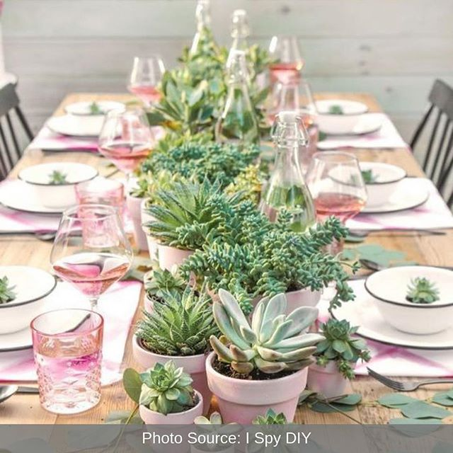 Four spring table setting ideas! Which one is your favorite? 1️⃣, 2️⃣, 3️⃣ or 4️⃣? Put the number of your favorite one in the comments! ⬇️⠀ ⠀ #spring #spring2019 #springdecor #decor #homedecor #interiordesign #kitchen #diningroom #tablescape