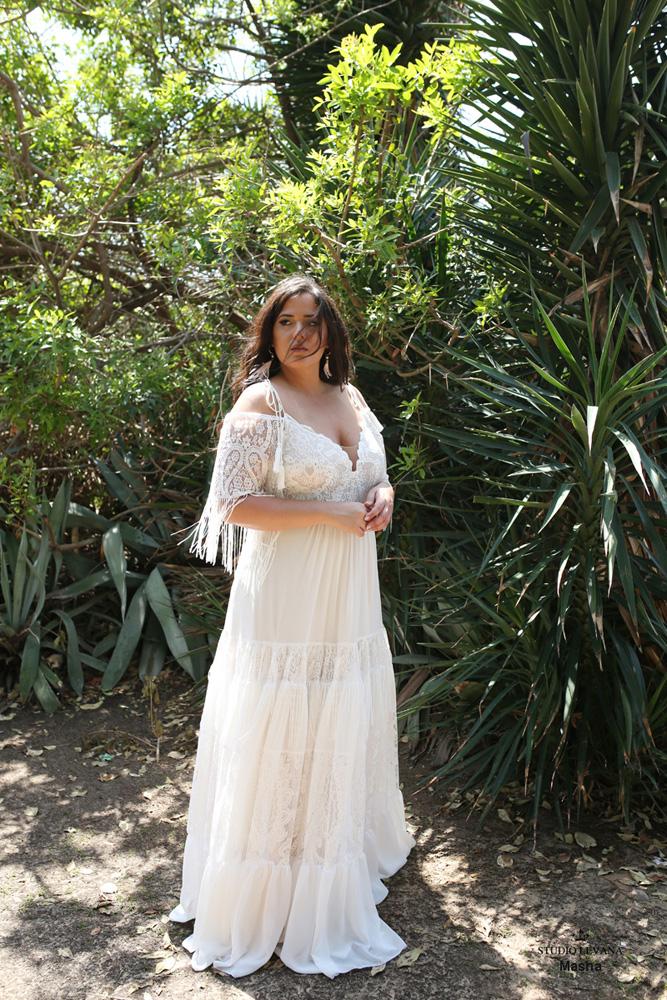 Plus_size_boho_wedding_dress_Masha-(1).jpg