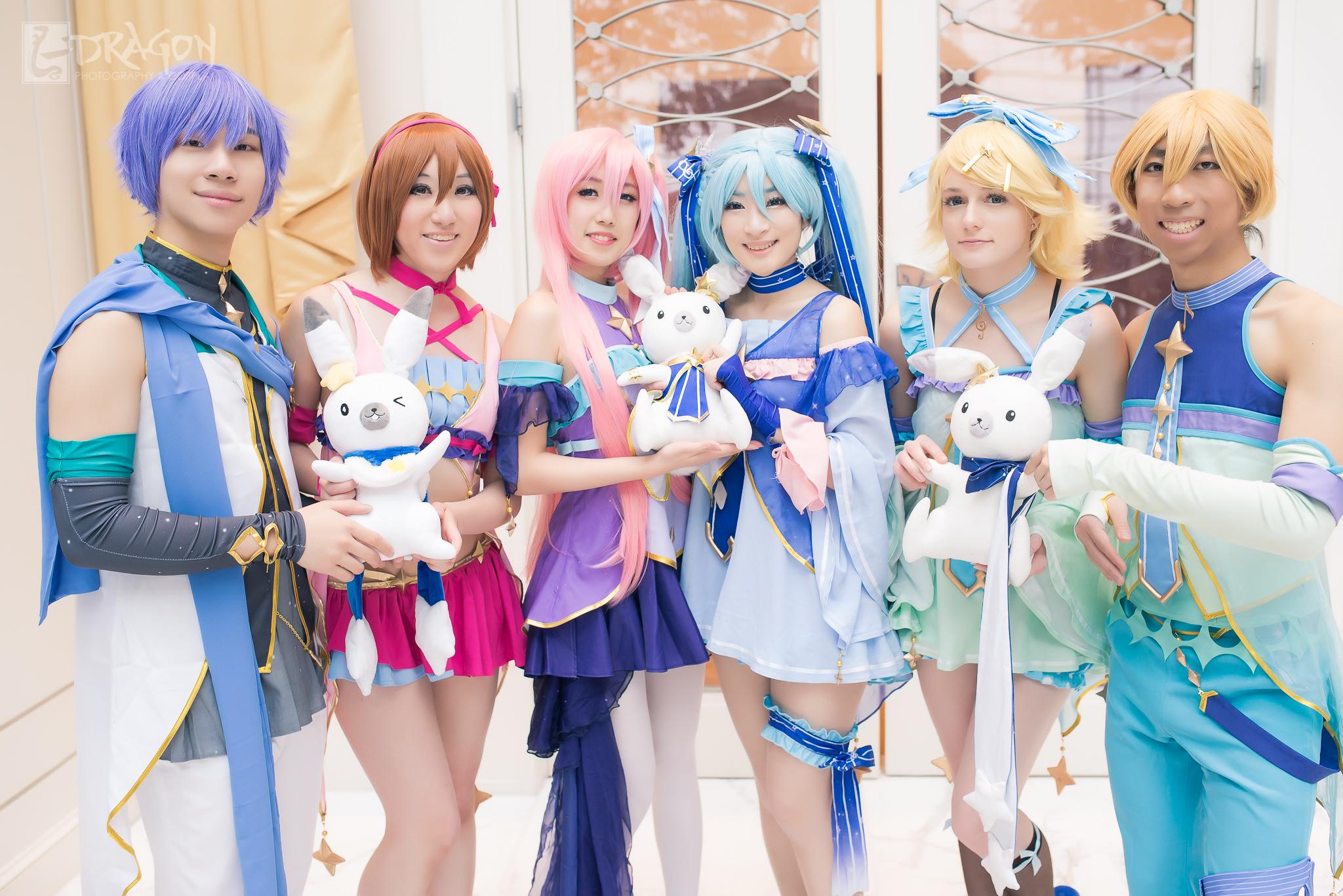 Meiko:  Zeylia Wing Cosplay   Luka:  KEKKI ケキ   Miku:  Pandu Cosplay   Rin:  Vyda Cosplay   Kaito: (No Cosplay account)  Len: (No Cosplay account)  Photo:  L-Dragon Photography