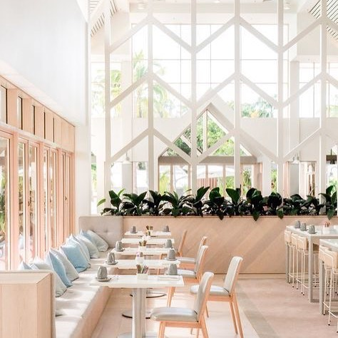 PRETTY PASTELS - And now to Sheraton Mirage Port Douglas, Queensland. This cafe boasts with natural light making it the perfect place for that insta-worthy photos. Of the 3 pastel posts we've shared, which is your favorite? Thailand, London or Australia? 🇹🇭/ 🇬🇧/ 🇦🇺 #aroundtheworld
