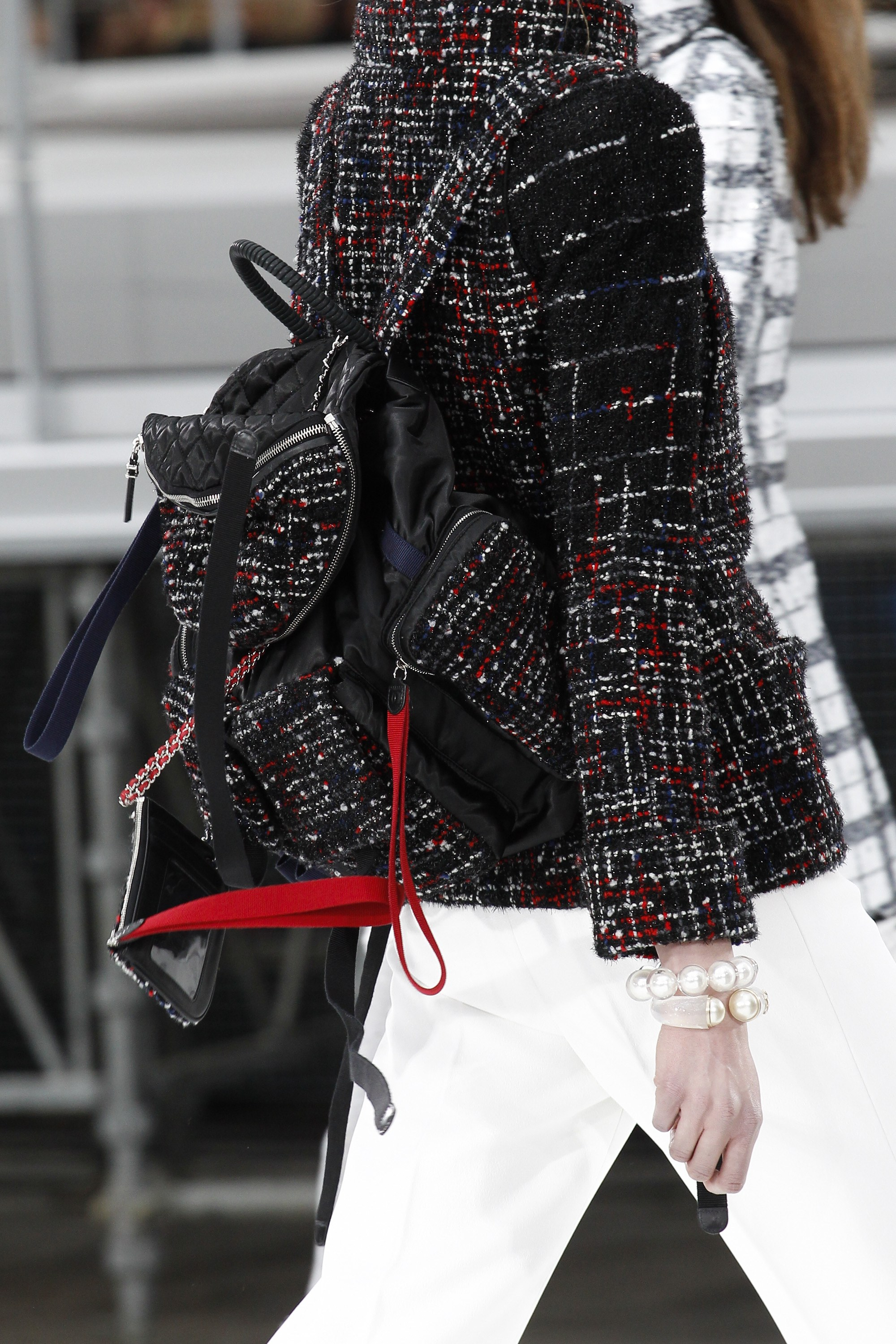 If there's one thing that Chanel does perfectly right, it's tweed.
