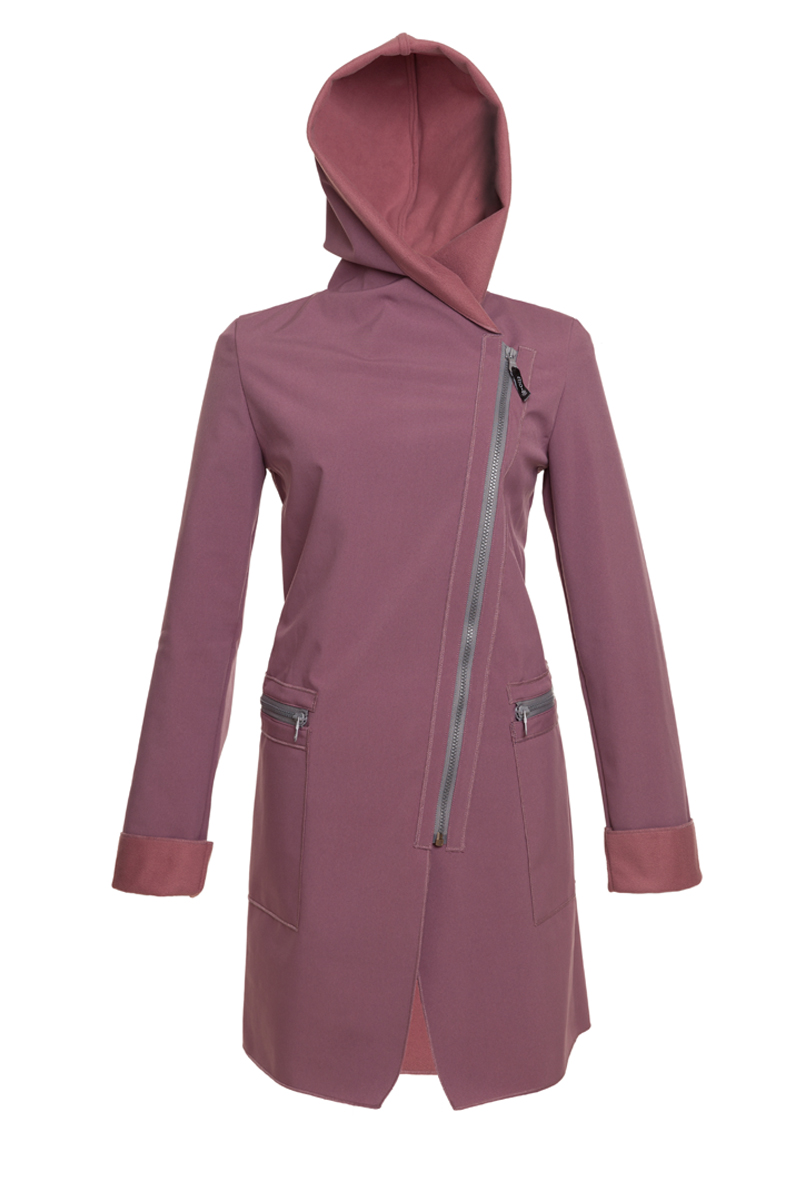 ille-olla_fioda_mr_800x1200_150dpi_front with hoody.jpg