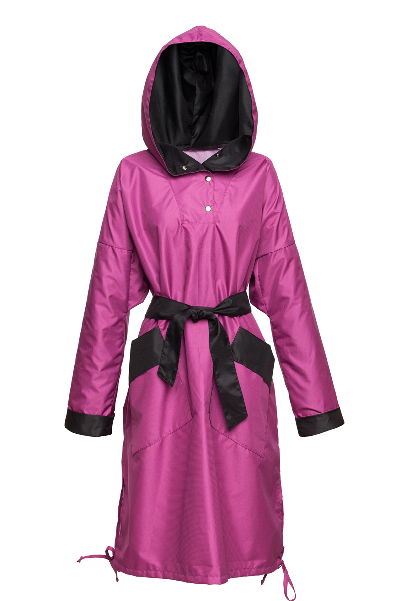 ille-olla_fepele_pif_800x1200_150dpi_front with belt and hoody.jpg