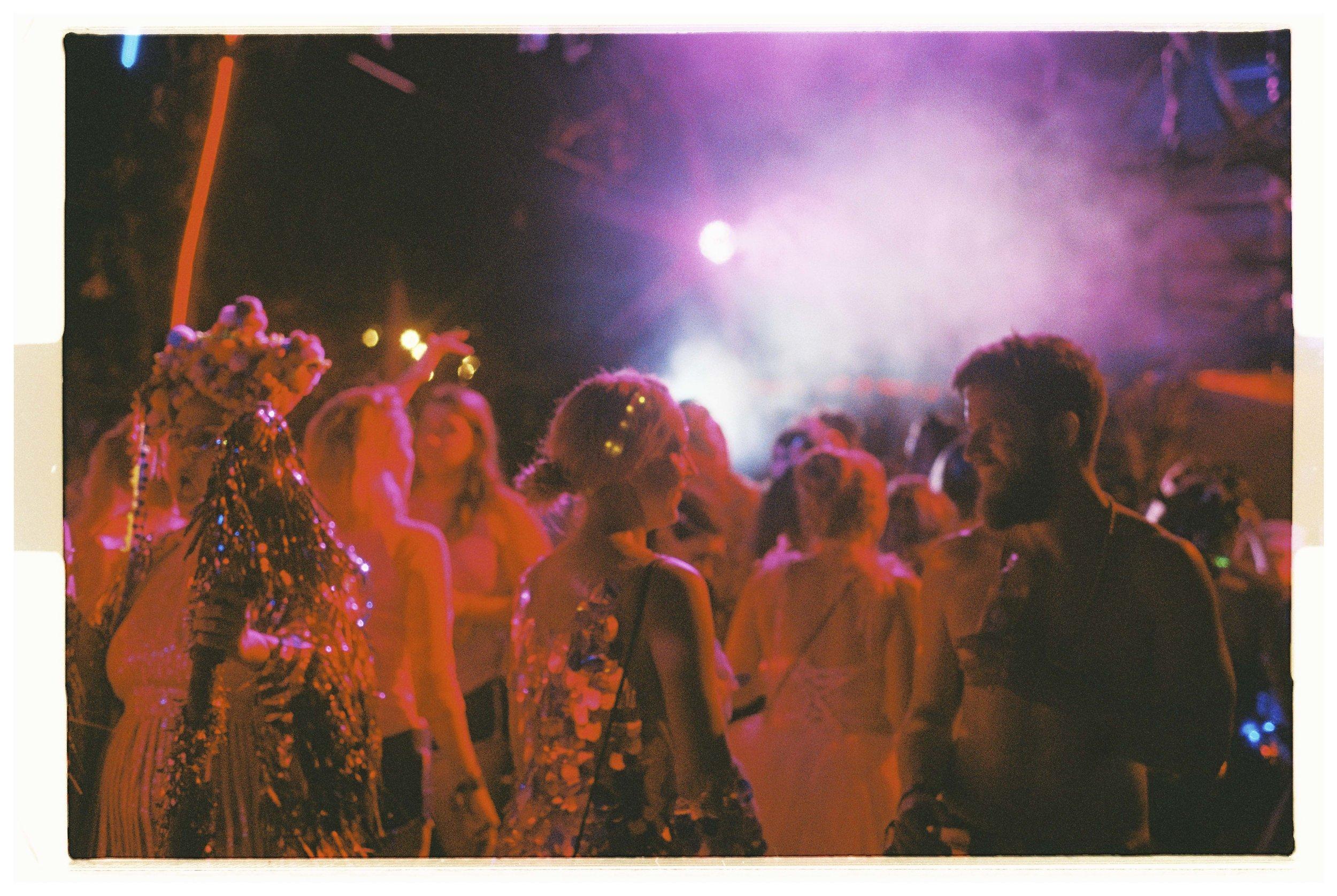 Crowd - Nikon F3 - Lomography 800 - 7.jpg