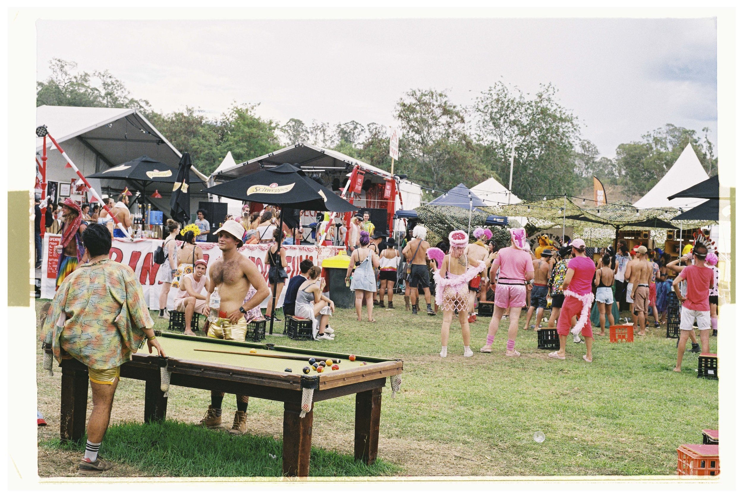 Crowd & Festival - Nikon F3 - Fuji Industrial 100 - 5.jpg