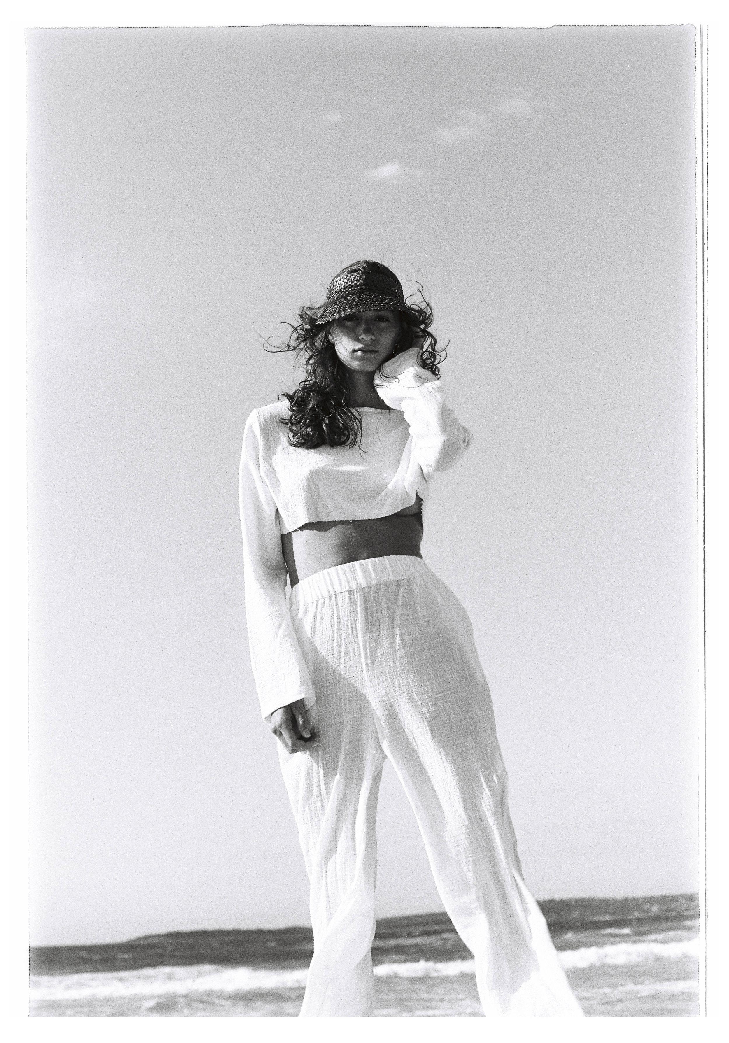 SAMANTHA FENDALL - Dylan Bow -31.jpg