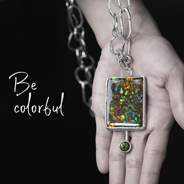 This necklace hasn't garnered much attention in the past 6 months since Tara finished it, but it's a STUNNER. With a lab grown green zircon and natural ammolite, it reflects light in all directions, AND IT'S ON SALE UNTIL MONDAY! #finejewelry #tarahutchjewelry #armyvet #veteran #veteranentrepreneur #argentiumsterling #handmadechain #chunky