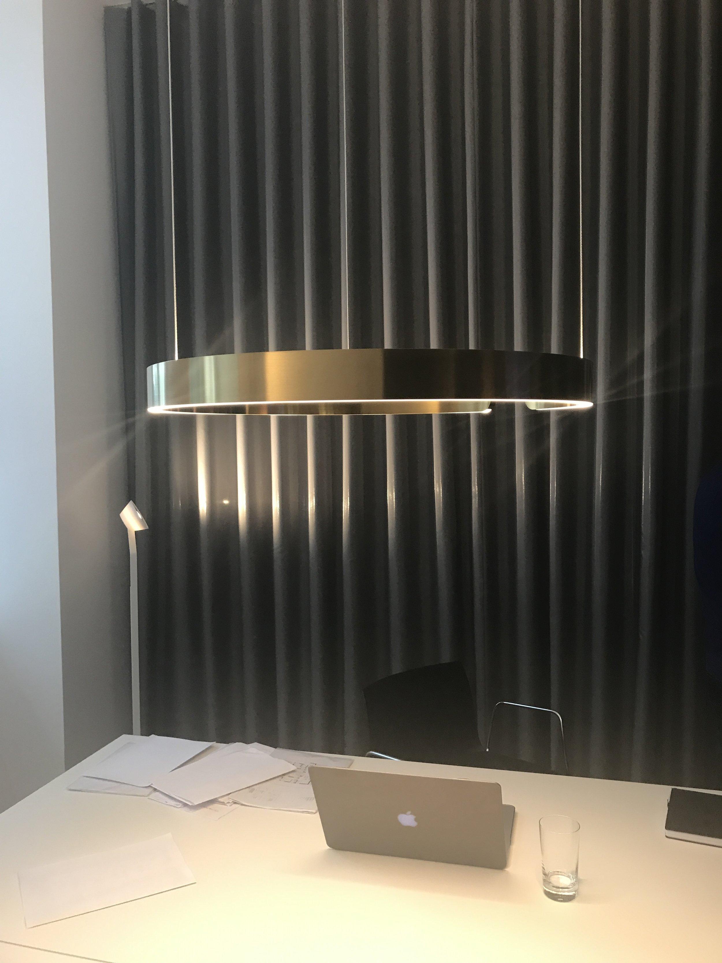 Poke - Moderna - Occhio, notranje oblikovanje