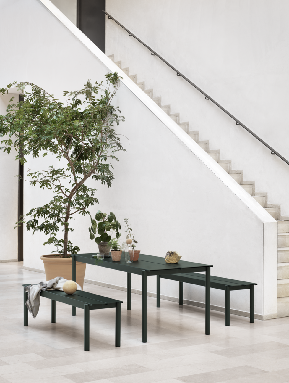 04.  MUUTO  -  LINEAR STEEL SERIES  metal outdoor furniture