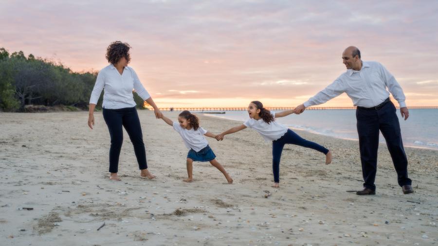 family photographer hervey bay (12 of 1).jpg