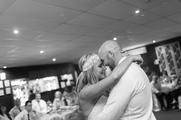 hervey bay wedding photographer (40 of 43).jpg