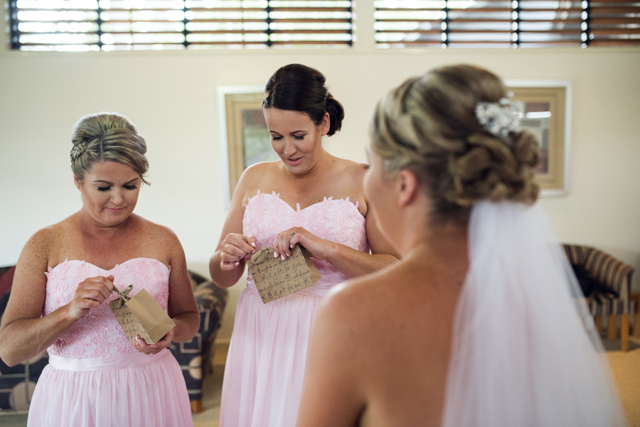 hervey bay wedding photographer-12.jpg