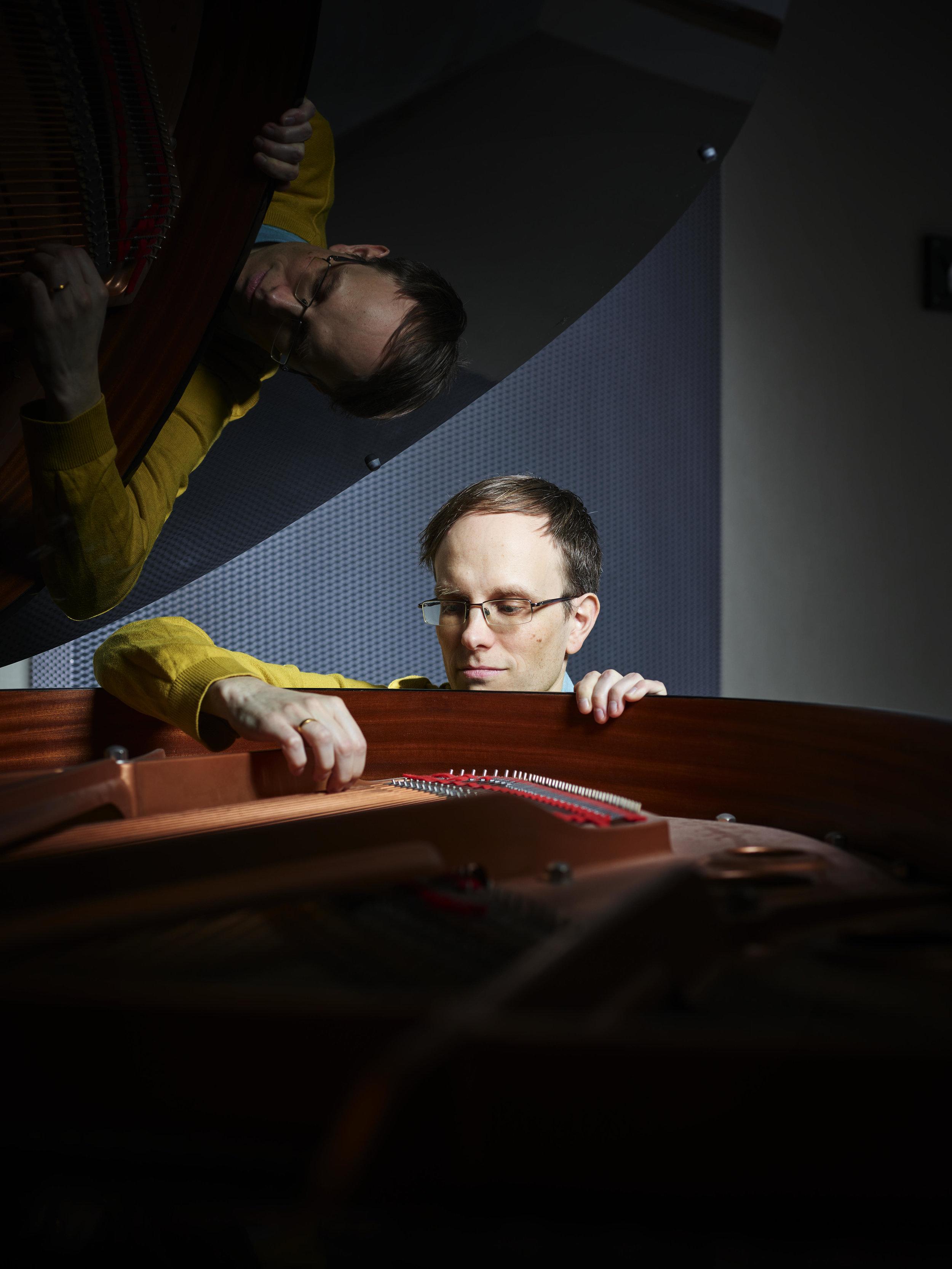 Philipp Rüttgers Trio - Drums Ruud VoestenPiano Philipp RüttgersBas Alessandro Fongaro