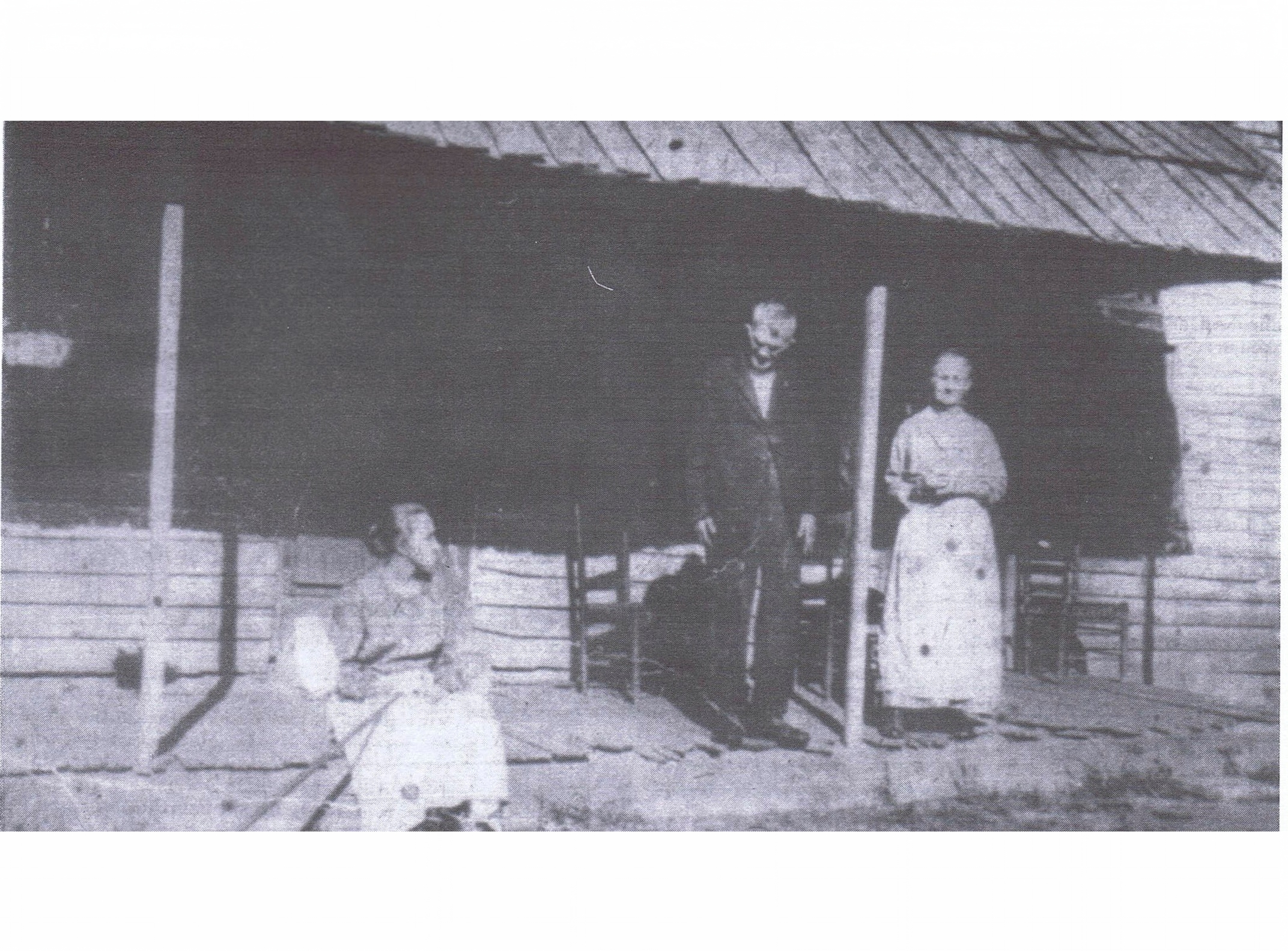 William Cassady (1836-1923), middle, with wife, Tamsey Jane Cassady (1839-1932), and their daughter, Julia Cassady (1863-1929), left.  According to the writings of Elmer Cassady, Tamsey was quite a marksman with a rifle and was no stranger to defending herself against large, living wildlife, including bears.  If permission is granted, I will share Elmer's complete account in a future post.  (Image shared from Elmer Cassady's writings.)