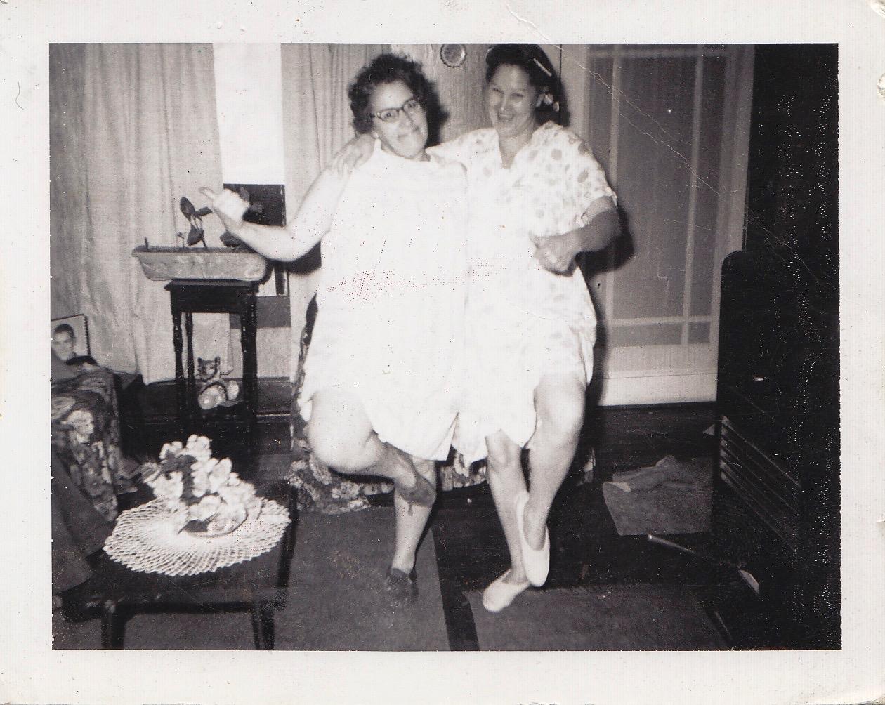 """Grettis """"Marie"""" Moore (1924-2004) & Esclene (Muncy) Moore (1926-2014)"""