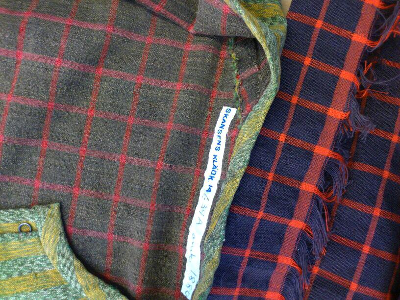 Nyrokokoklänning 14639A från Skansens Klädkammare och min tolkning av fodertyget i halvylle
