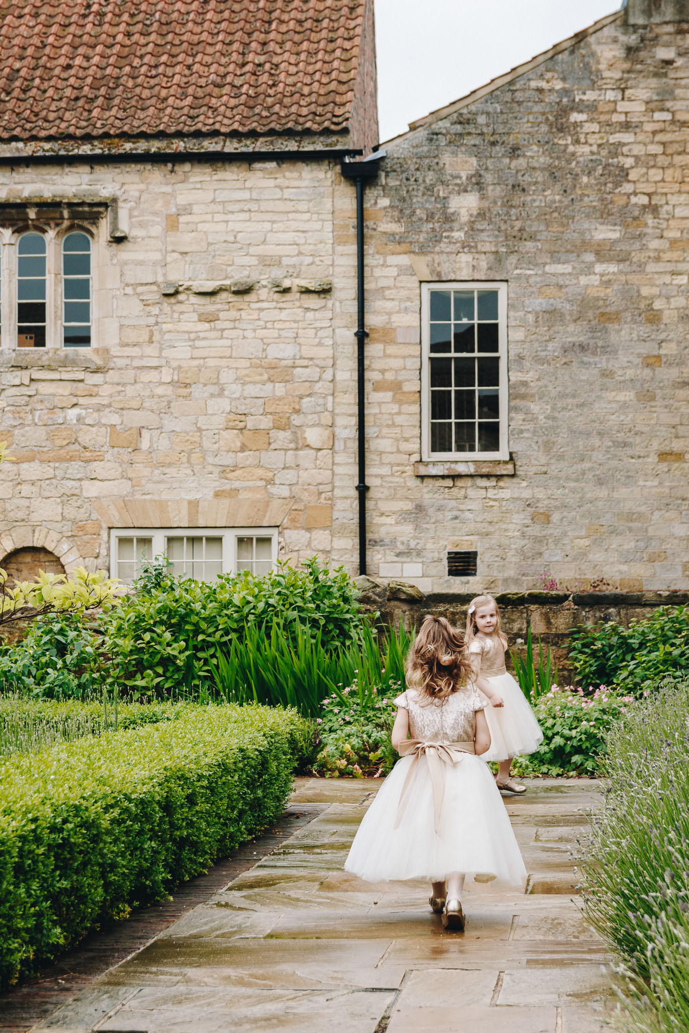 Priory-Cottages-Wetherby-Wedding-Photography-162.jpg