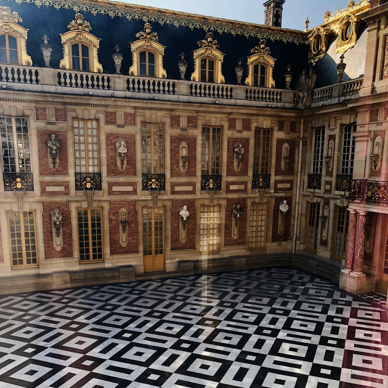 Palace of Versailles.jpg