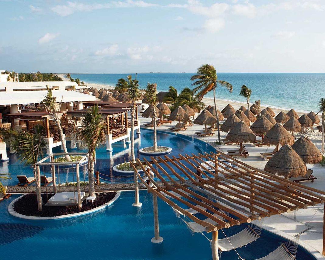 Excellend+Playa+Mujeres.jpg
