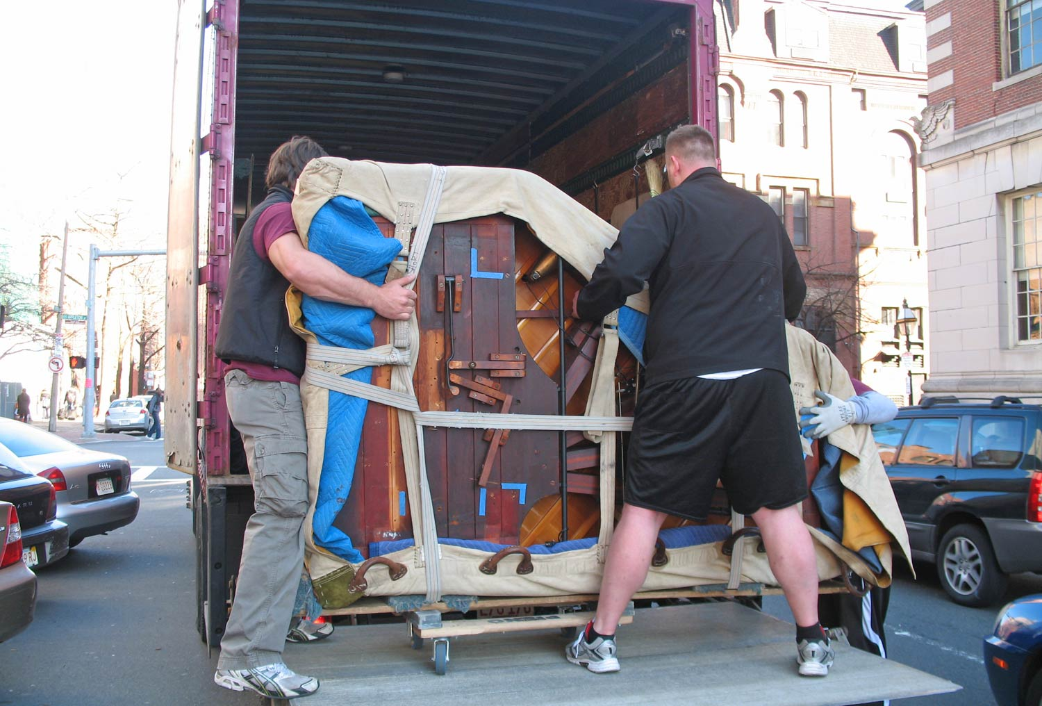 Piano-Movers-Truck.jpg