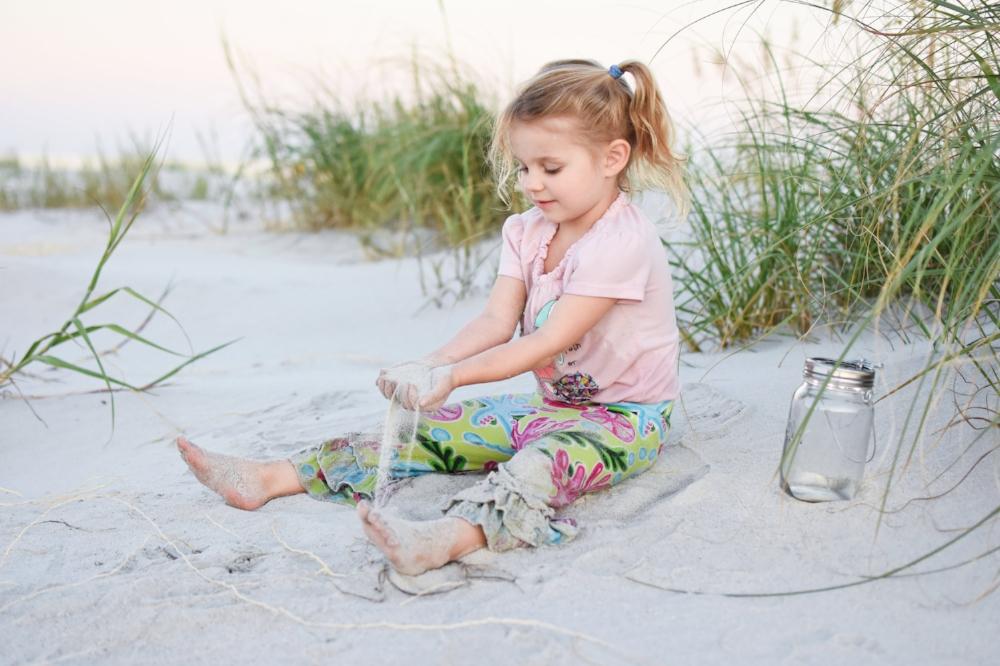 Ellie Sand