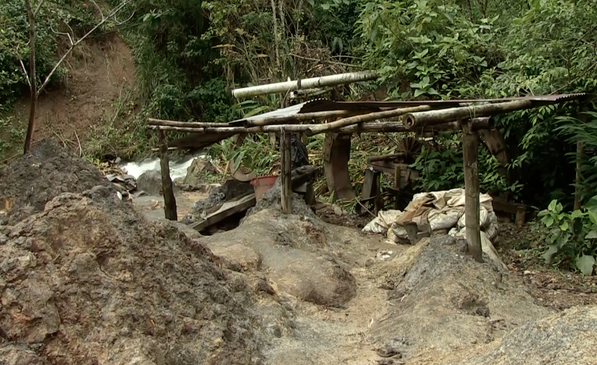 Mercury contaminated area adjacent to the Honda River, Colombia. Photo: Video still, courtesy of France 24, Spanish language television program.
