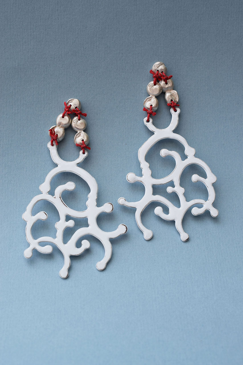Laurent Danielle | A love letter to 1756 – gem with filigree earrings