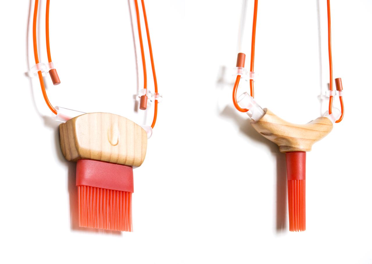 Brush Necklace Set