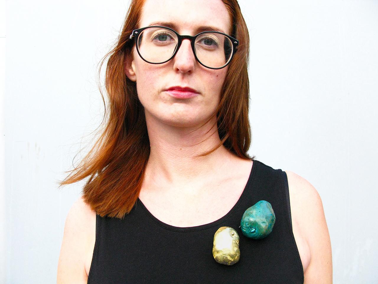 Elin Flognman | Potato brooch