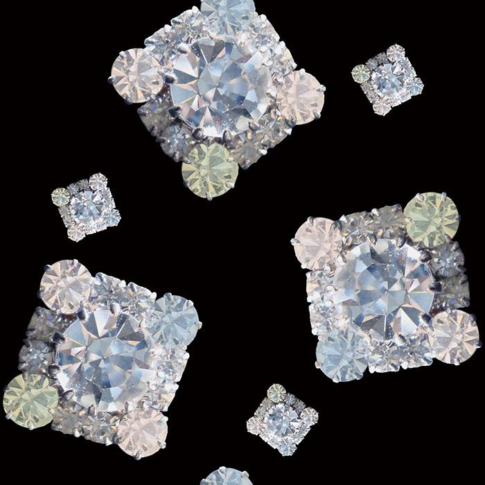 01_Brett_Design_Wallpaper_Jewelry_Diamond_Ice_-Black.jpg