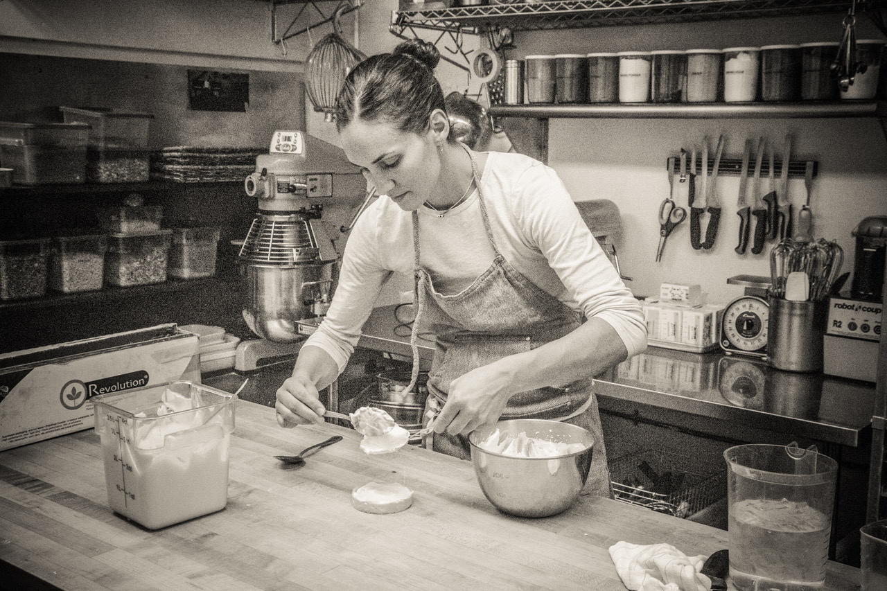Annamaria in the Dolina kitchen. Image by Anne Staveley