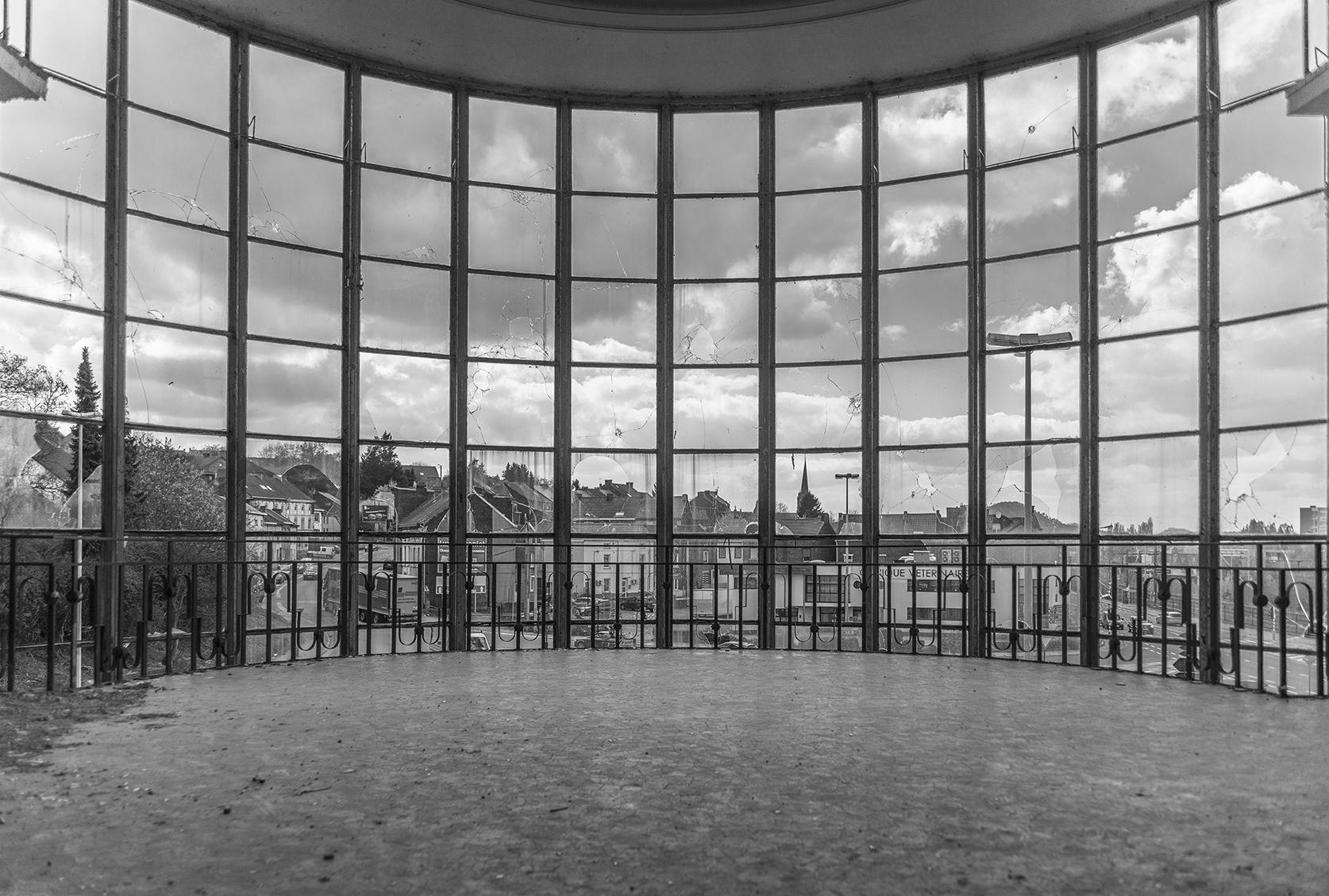 TFP_5023 solvay BW window.jpg
