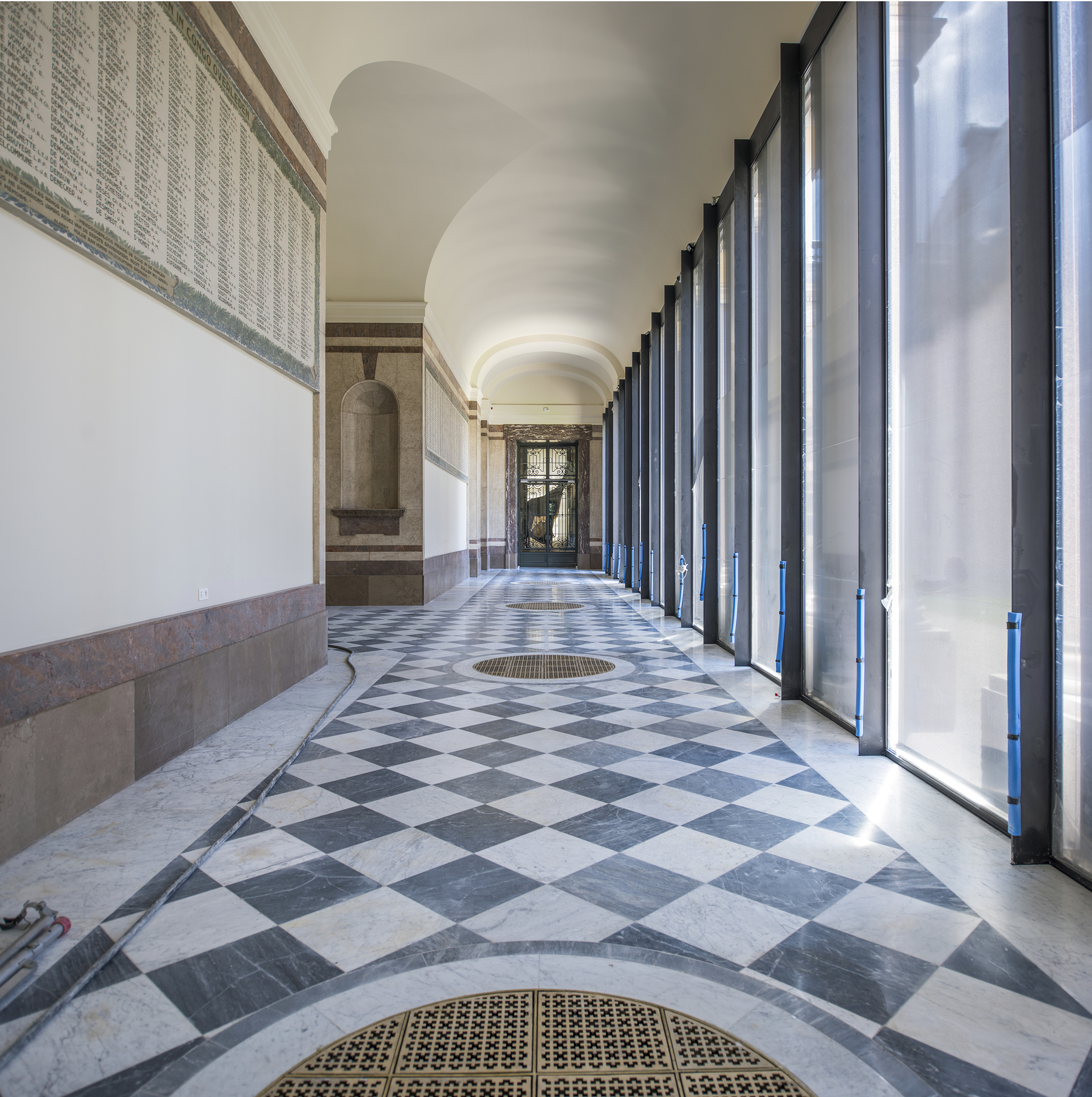 100 dpi pano hallway war memorial.jpg
