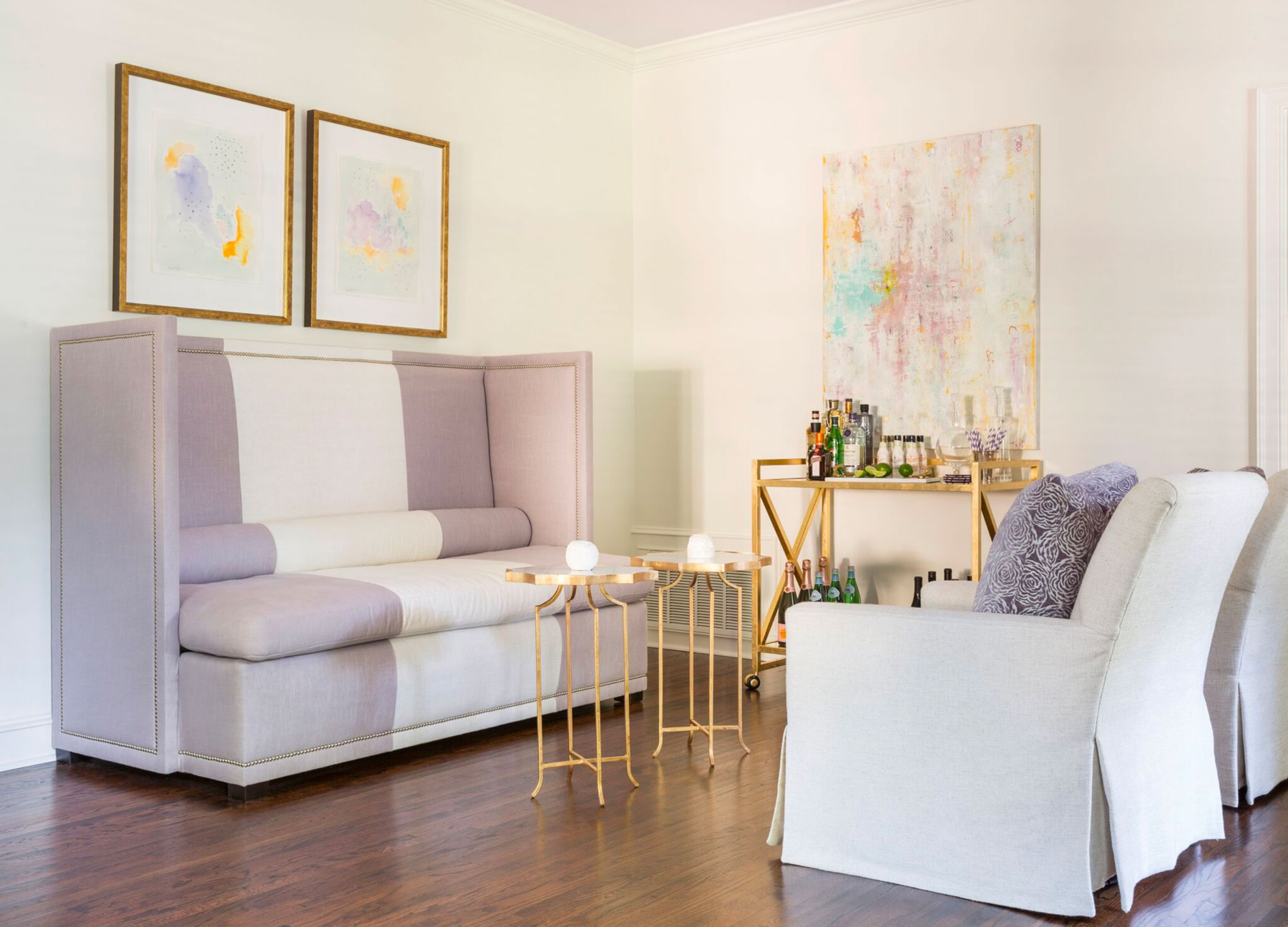 Molly Ray Young | Bar Seating Area