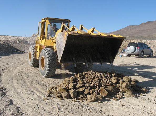 Rainbow Ridge Opal Mine Virgin Ground Load