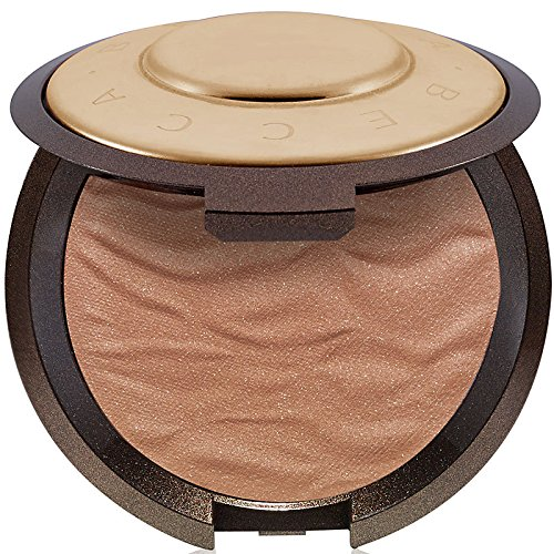 I usually use a matte bronzer but I have converted and you should too. It gives me the best glow andddd it makes me feel sunkissed.